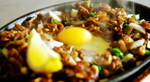 Sisig_with_egg-1