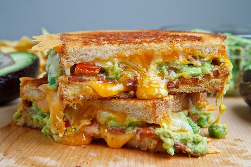 bacon-guacamole-grilled-cheese-sandwich-500-1944